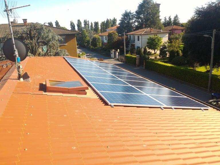 ristrutturazione tetto con impianto fotovoltaico.jpg