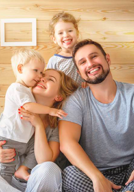 happy-family-responsive.png